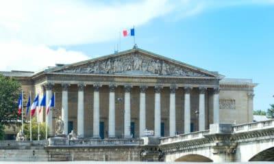 Dépistage, passeports, Alliances françaises… L'actualité politique du 2 au 10 juillet