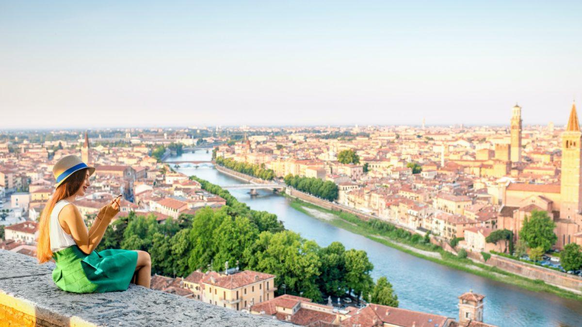 Comment Travailler En Italie Journal Des Francais A L Etranger