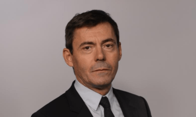 Tour du propriétaire de la Résidence de France de Sofia avec le directeur de l'Institut français