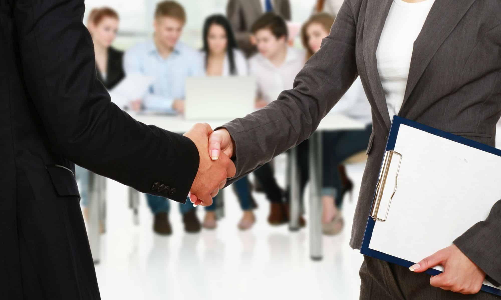 Formateurs, enseignants et personnel administratif, comment partir avec Erasmus + ?