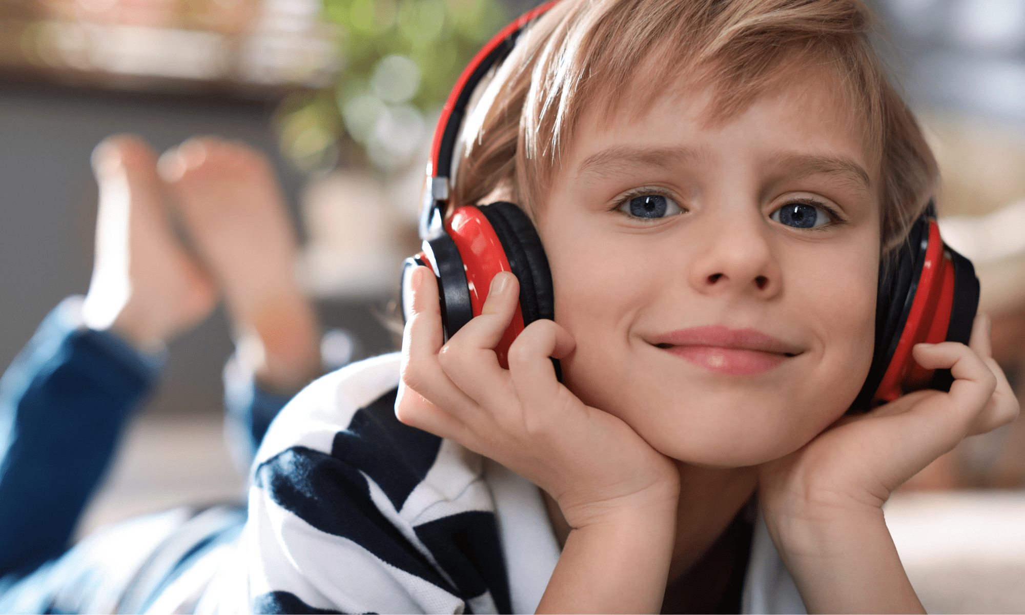 Podcast pour enfants : voyagez avec les histoires de Touk Touk Magazine
