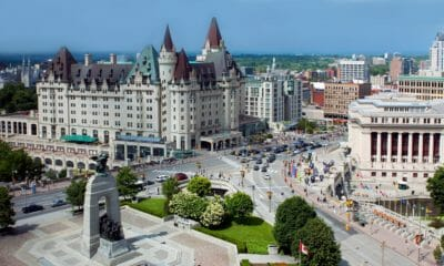 Immigration : le Canada courtise les travailleurs qualifiés francophones