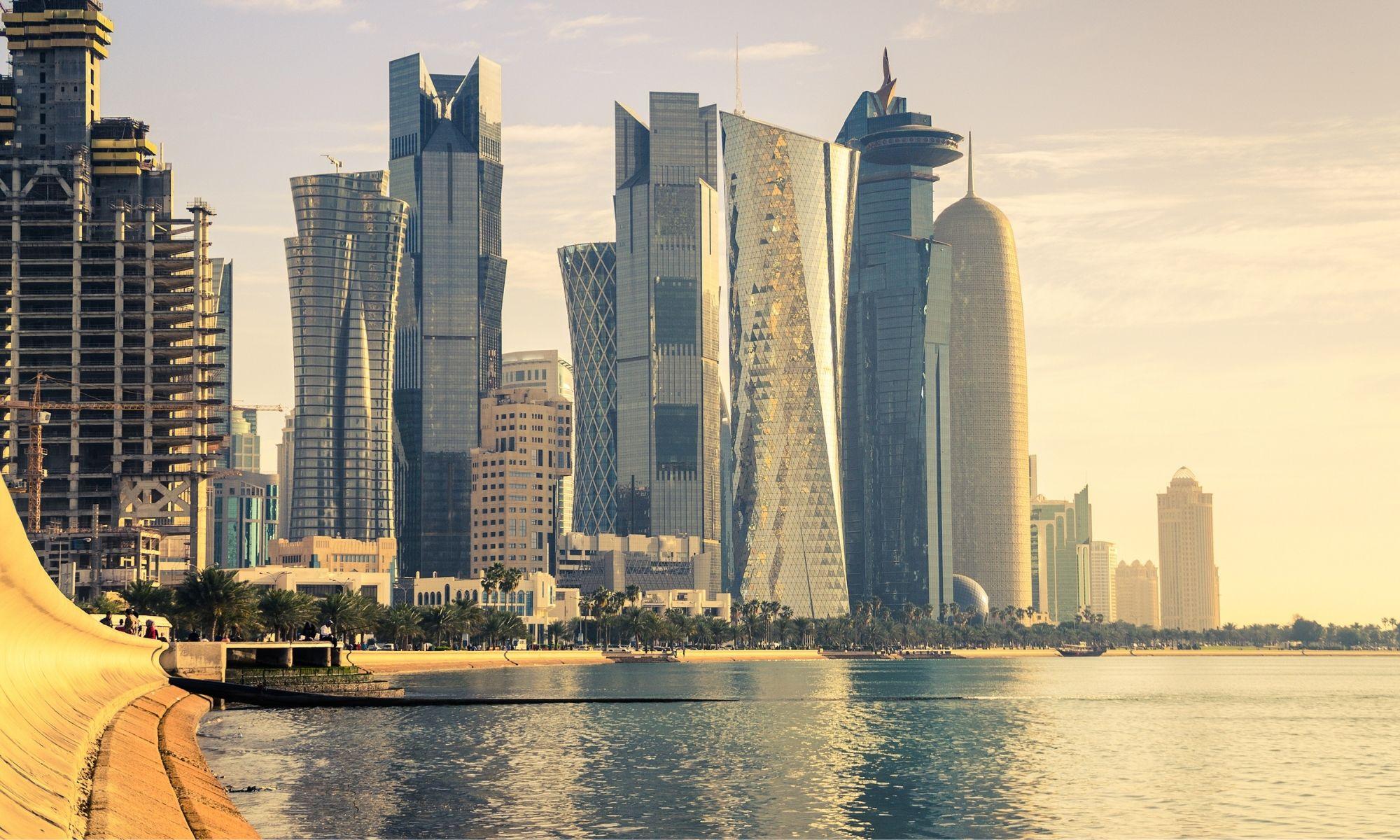 Fin de l'embargo, les Émirats arabes unis rouvrent leurs frontières au Qatar