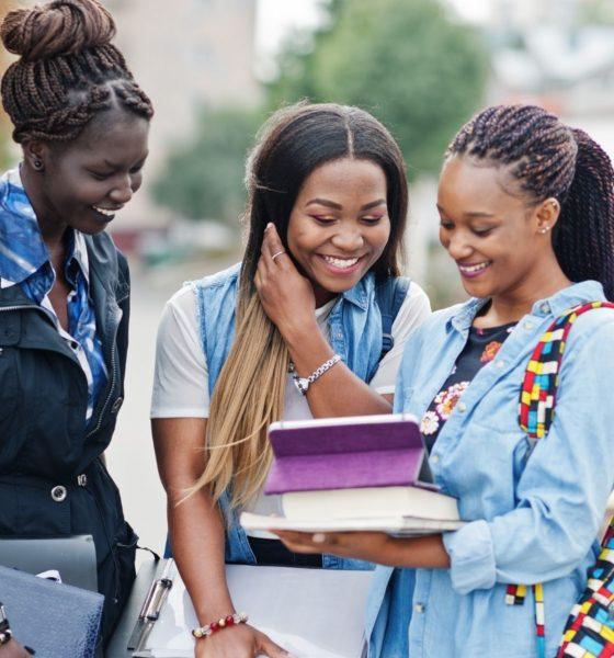 Vivre ailleurs, sur RFI : Studely et les premières bourses pour des étudiants africains