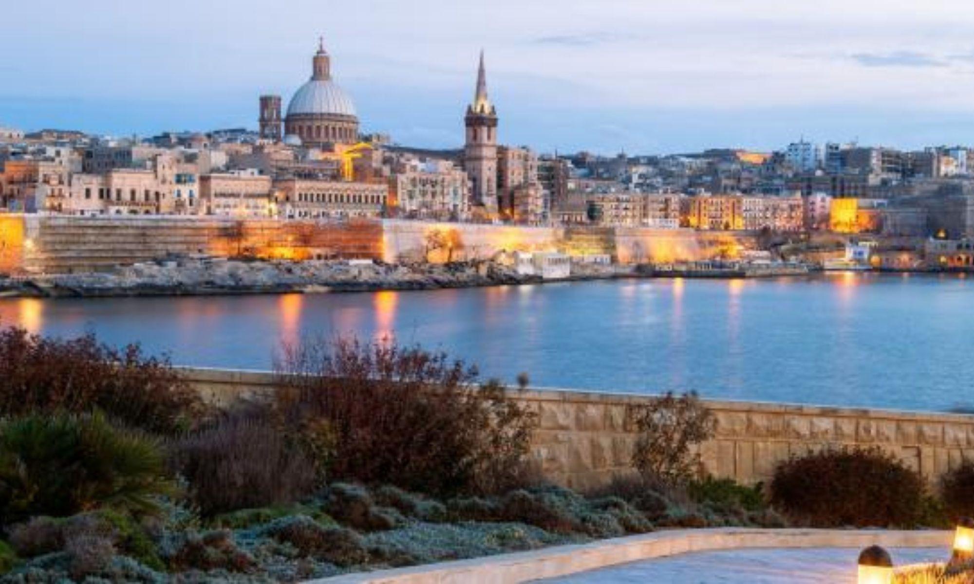 FranceInfo, Français du monde. Covid-19: Malte fait marche arrière