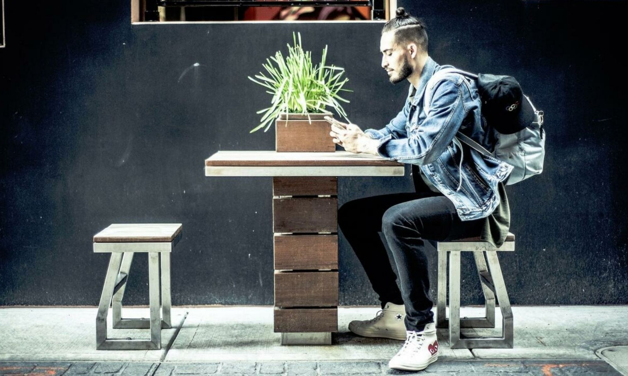 Vivre ailleurs, sur RFI. Les «millennials» et les entreprises à l'international