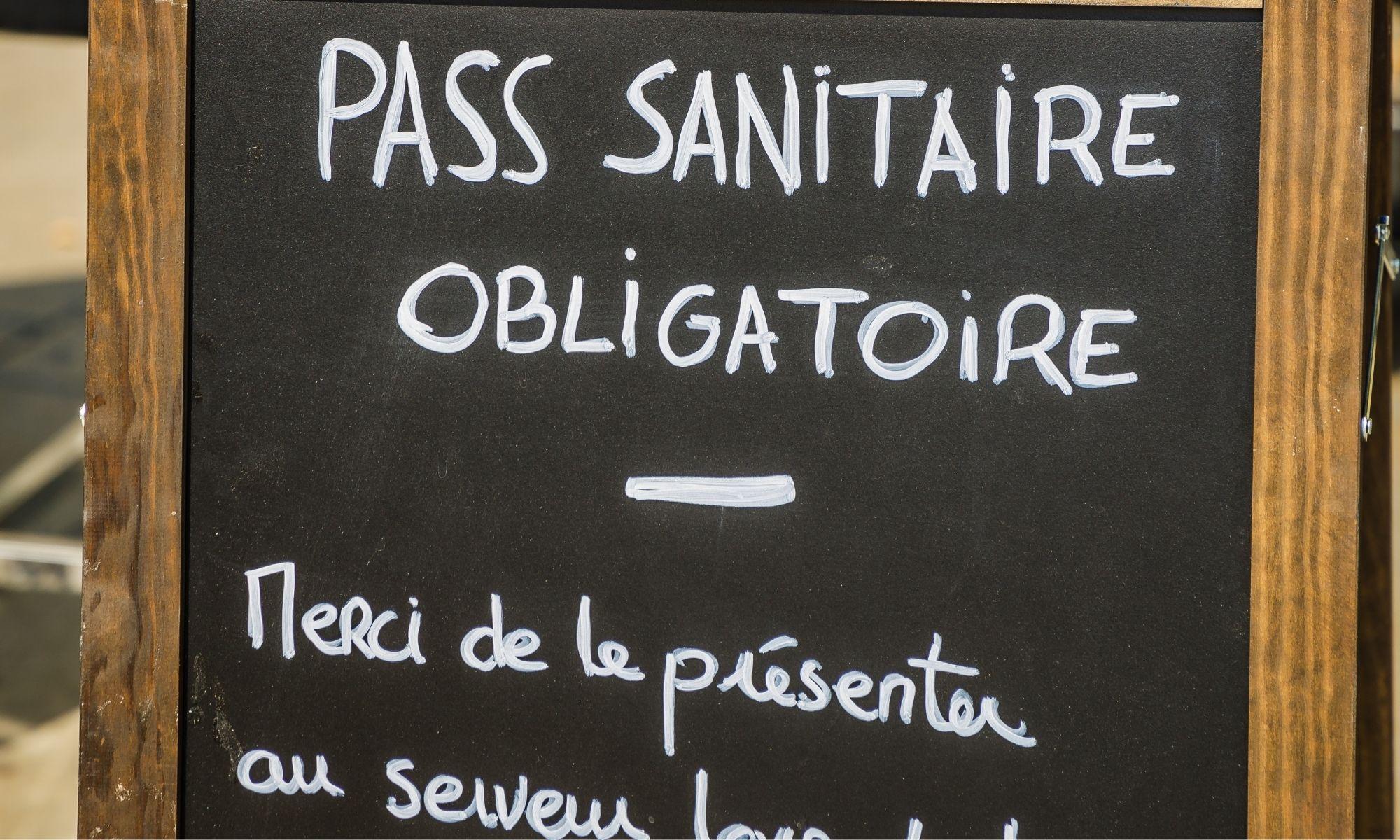 """Français de l'étranger : des démarches simplifiées pour l'obtention du """"passe sanitaire français"""""""