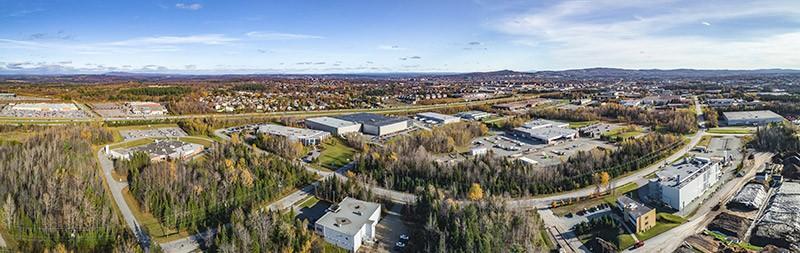 Une partie du Parc industriel régional. Sherbrooke compte 5 parcs industriels, 2 parcs scientifiques et 1 parc technologique.